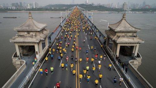 Chine : le marathon de Wuhan reporté pour cause de Covid-19, à l'approche des Jeux olympiques