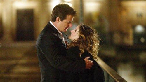 """Carrie et Big surpris à Paris pour le tournage de la suite de """"Sex and the City"""""""