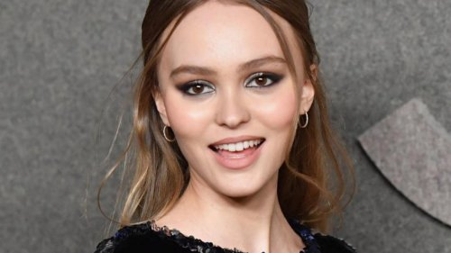 """VIDÉO - Lily-Rose Depp, dans """"Voyagers"""" : """"J'ai de l'espoir pour le futur"""""""
