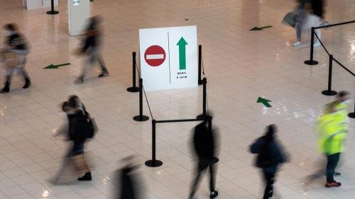 Pass sanitaire : l'obligation limitée aux centres commerciaux de plus de 20.000 mètres carrés