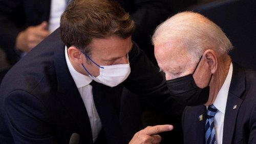 """EN DIRECT - Crise des sous-marins : un échange entre Emmanuel Macron et Joe Biden """"dans les tout prochains jours"""""""