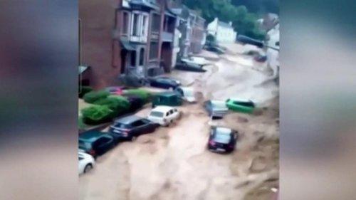 VIDEO - Belgique : nouvelles inondations, un torrent emporte des voitures près de Namur