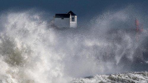 Tempête Aurore : 3 départements en vigilance orange en raison de rafales pouvant aller jusqu'à 130 km/h