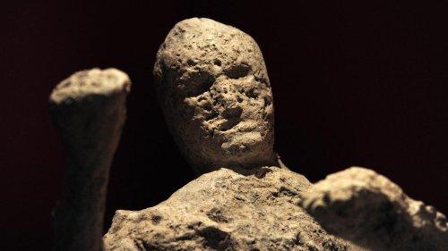 """""""Sensationnel"""" : le squelette d'un homme enseveli lors de l'éruption du Vésuve découvert près de Pompéi"""