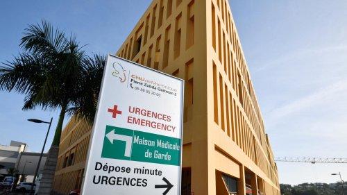 Covid-19 - Manifestation anti-pass sanitaire des personnels de santé en Martinique : trois personnes interpellées devant le CHU