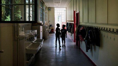 Covid-19 : trois semaines après la rentrée, le nombre de classes fermées en nette baisse