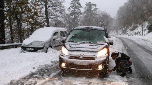 Pneus hiver ou chaînes obligatoires : voici la liste des 48 départements concernés