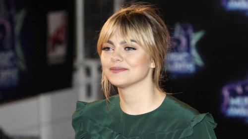 """Louane, bientôt actrice dans une série sur TF1 : """"Je n'ai jamais vécu un tournage au rythme aussi soutenu"""""""