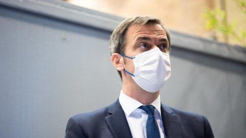 Pass sanitaire : à deux jours de sa mise en place, Olivier Véran annonce des assouplissements