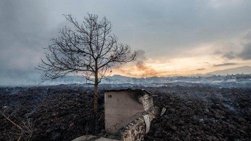 Volcan Nyiragongo en RDC : des dizaines de milliers de personnes évacuées, les habitants dans l'angoisse