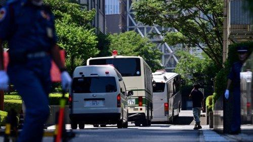 Fuite de Carlos Ghosn au Japon : deux complices condamnés à de la prison ferme