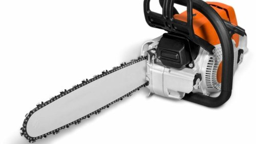 Why were Chainsaws Invented? Everything You Need to Know - Learn Forget