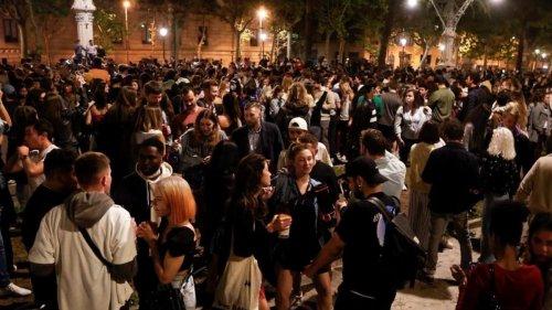 En images : aux quatre coins de l'Europe, la fête revient peu à peu