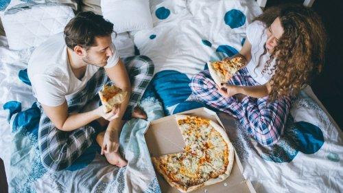 Manger une part de pizza au petit déj serait plus healthy qu'un bol de céréales