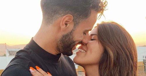 """VÍDEO La aventura de Isa Pantoja y Asraf Beno a bordo de un globo aerostático: """"¡Qué miedo!"""""""