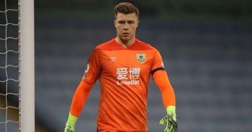 Leeds United evening headlines as Bailey Peacock-Farrell joins Yorkshire rivals