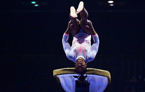 La reine de la gym Simone Biles impressionne avec un saut inédit avant les JO (vidéo)