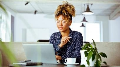 13 Small Business Legal Requirements and Tips For Launch
