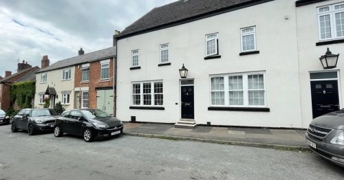 Luxury one-bed duplex in former pub with cellar up for £155K