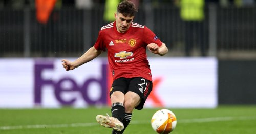 Leicester City favourites to clinch Dan James transfer
