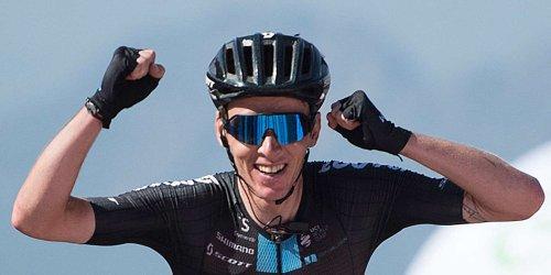 Cyclisme : Romain Bardet s'impose sur la 14e étape d'un Tour d'Espagne qui sourit aux Français