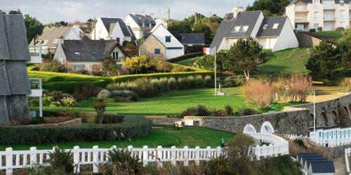 « On risque de devenir une maison de retraite à ciel ouvert » : après la Corse, le débat sur le statut de résident rebondit en Bretagne