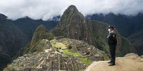 Avec l'arrêt du tourisme, l'écosystème construit pour les voyages de masse s'est évaporé
