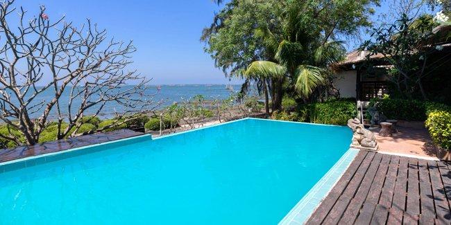 Quelles sont les couleurs possibles d'une piscine grâce au liner, coque ou carrelage ?