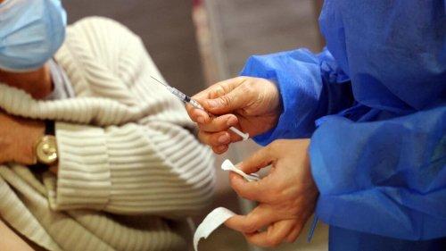 Seulement 50% d'efficacité contre le Covid-19 ? Ce que dit précisément la nouvelle étude britannique sur la vaccination