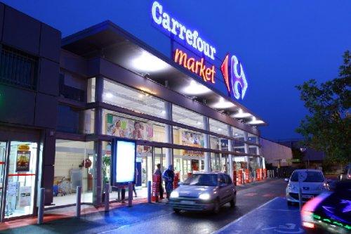 Carrefour engage une réflexion sur la taille critique de ses filiales internationales