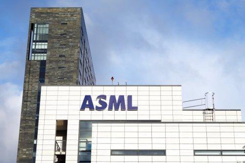 ASML dépasse les attentes au T3, porté par la demande de puces