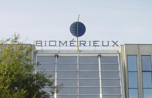 Contre toute attente, BioMérieux continue de profiter des ventes liées à la crise sanitaire