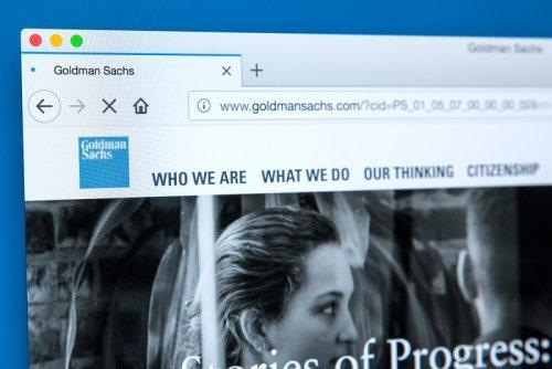 Goldman Sachs profite de la vague de fusions-acquisitions au T3