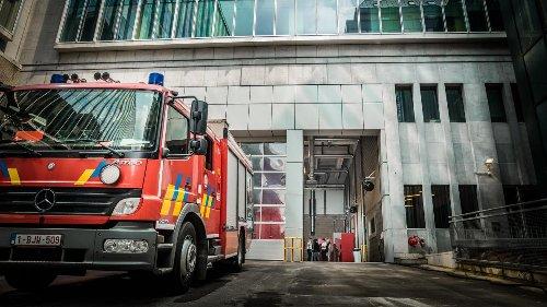 Racisme chez les pompiers bruxellois: des témoins racontent les insultes et les bizutages