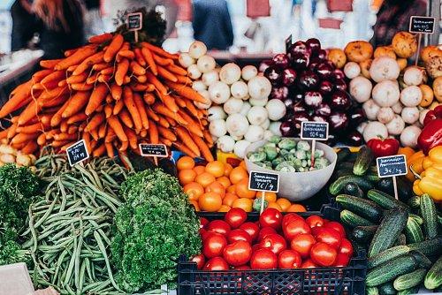 Comment manger plus sain en dépensant moins ?