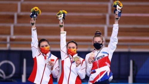Top 10 des médailles: la Chine prend une large avance avec dix-huit médailles d'or (infographie)