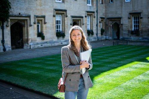 La princesse Elisabeth photographiée à son insu à Oxford