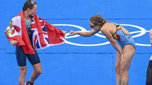 JO 2020: Valerie Barthelemy 10e et Claire Michel, blessée, 34e du triathlon remporté par Flora Duffy