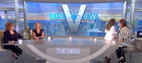 USA: deux présentatrices expulsées en direct juste avant d'interviewer la vice-présidente américaine (vidéo)