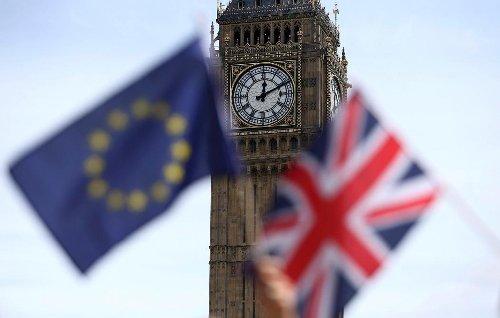 Brexit: le Parlement européen joue la montre