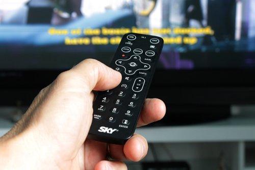 La police démantèle un réseau IPTV utilisé par des centaines de milliers de personnes - Geeko