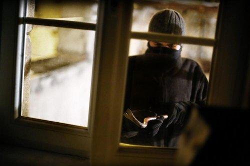 Limbourg: le cambrioleur saute par la fenêtre et se tue en chutant