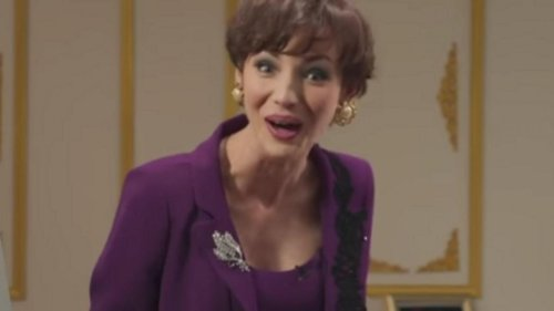 Louise Bourgoin se déguise en Roselyne Bachelot pour la parodier (vidéo)