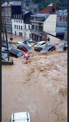 Intempéries: la Belgique à nouveau fortement touchée par des inondations (photos et vidéos)