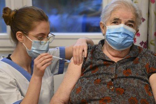 Troisième dose pour les plus de 65 ans: quid des personnes dont le vaccin n'est plus utilisé en Belgique?