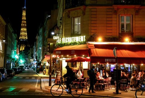 Cafés, restaurants, transports...: les lieux où le pass sanitaire français devient obligatoire en août