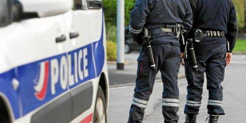 À Brest, un client du Carrefour City met en fuite le braqueur