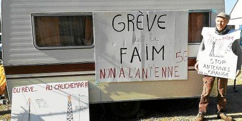 Eugène Riguidel entame une grève de la faim contre la future antenne 5G de Landaul