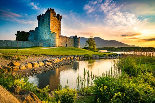 35 Famous Landmarks in Ireland - How Many Have You Visited?