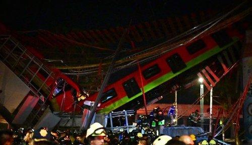 EN IMAGES. A Mexico, un pont s'effondre au passage d'un métro : au moins 13 morts